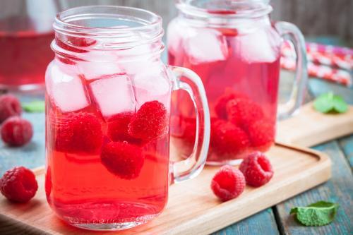3 atspirdzinoši dzērieni karstām vasaras dienām